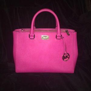 """Michael Kors """"Kellen"""" in pink saffino leather"""